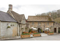 Chefs required for gastro pub and hotel, Live in available