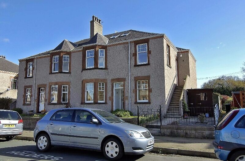 3 bedroom flat in Warriston Avenue, Inverleith, Edinburgh, EH3 5NB