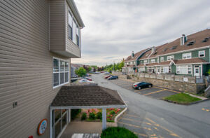 Stop Renting! Must see unit in Dartmouth! 218 75 Collins Grove