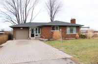 Totally renovated 2015 bungalow - 237 Mary Street, Thorold