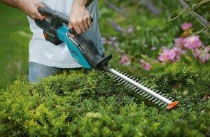TAILLE HAIE GARDENIA / GARDENIA HEDGE TRIMMER