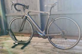 Boardman 8.9 SLR Carbon Road Bike Size Medium 2019