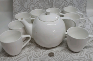 White Tea Pot and 8 cups