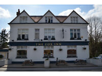 Experienced (full & part-time) FLOOR & BAR STAFF wanted in Keston LIVE IN avail. / ASSISTANT MANAGER