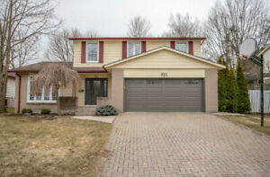 OPEN HOUSE ** WESTMOUNT ** FOUR BEDROOMS ** POOL **