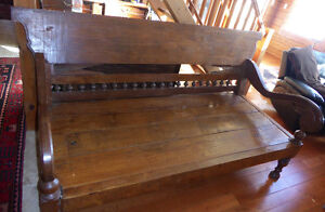 BEAUTIFUL!!! ANTIQUE ASIAN CARVED TEAK DAY BED (OPIUM BED)