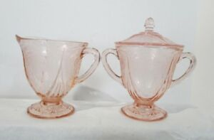 HAZAL ATLAS PINK ROYAL LACE SUGAR with LID and CREAMER