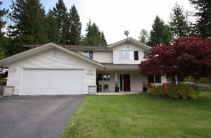 Bright 3 Bedroom Home on Large Lot