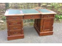 Georgian Style Mahogany Reproduction kneehole Partners Desk