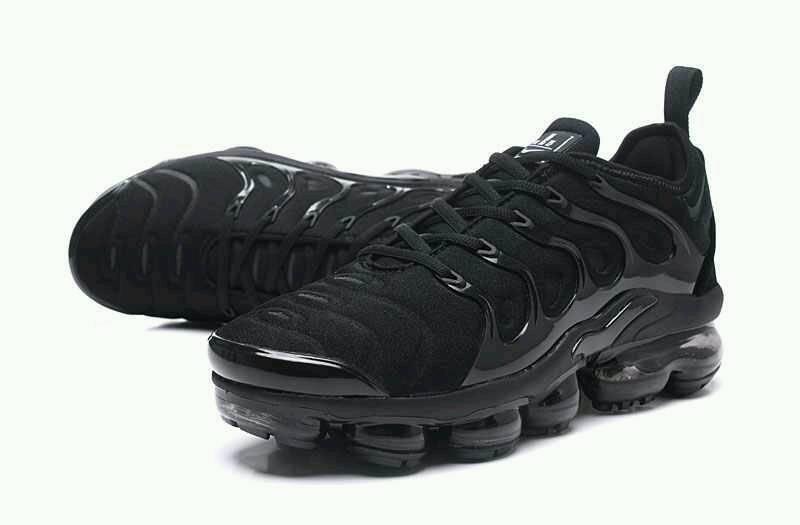 New 2018 Nike Air Vapormax Tn Plus 97 95 Max Triple Black     1234ff8ee615