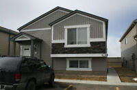 Suntree Pointe - Leduc.  Close to walking trails and the pond.