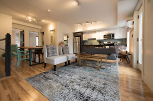 Chic 2 Bedroom on Clyde Street for Sublet Oct 1