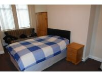 Fully furnished room available in a great BD1 city centre location house share.