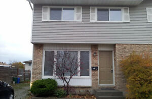 2 ROOMS - CLEAN - WELL KEPT- FEMALES ONLY - All Utilities