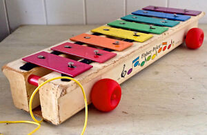 Vintage. Collection. FISHER PRICE Xylophone en bois 1970