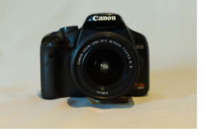 Canon EOS rebel XSi / 450d kit w/18-55mm lens and much more