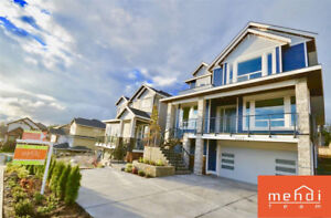 *GORGEOUS HOME! IN COQUITLAM! A MUST SEE!*