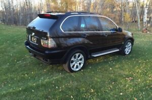 NEED GONE THIS WEEKEND! 2000 BMW X5 4.4L