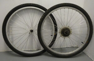 Front and Rear Bicycle Wheels (50-559) 26 x 1.95 SHIELD PUNCTURE