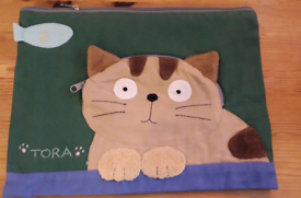 New with tag 2 green cotton cat bag