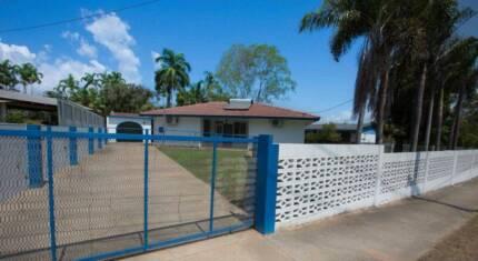 Huge, 3BR Santorini-style house + 1BR Cottage at Jingili! Jingili Darwin City Preview