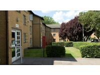 Middlesex Uni en-suite room in Platt Halls, easy walking distance to uni campus, available now