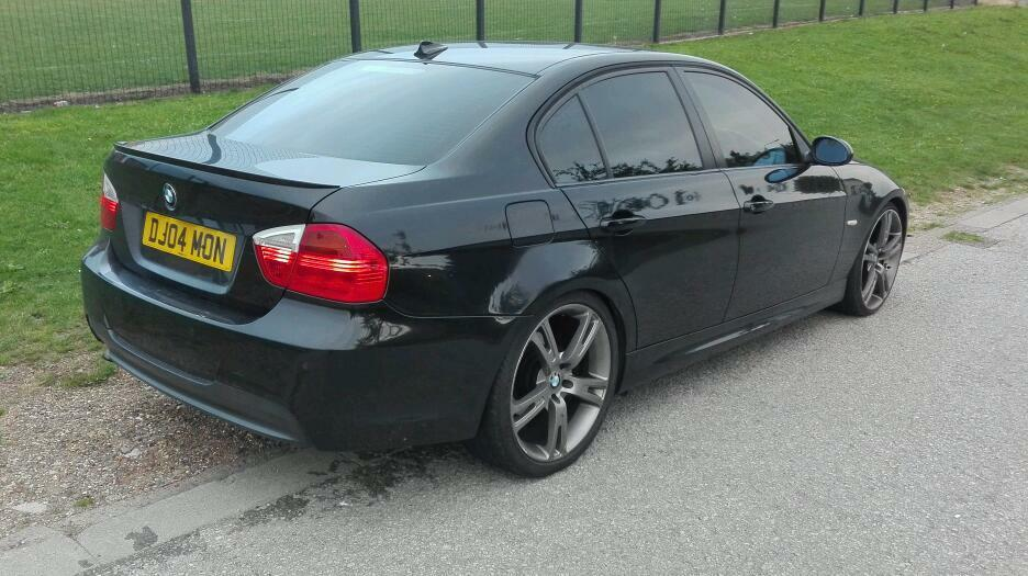 2005 55 bmw 320d se e90 black m sport replica 20 alloy wheels in hull east yorkshire gumtree. Black Bedroom Furniture Sets. Home Design Ideas