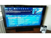 """Sony bravia 40"""" full 1080p high definition tv with freeview (delivery is possible if local)"""
