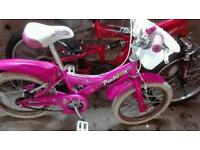 Girls bike. Made by Giant. Selling as has new hike.