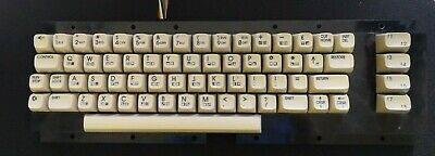Commodore 64 64c vintage computer keyboard - WORKS