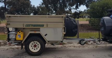 Trak Shak Family Camper Trailer sleeps 6+ people