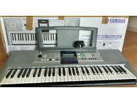 Yamaha PSRE323 digital keyboard