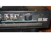 Fender Solid State 300 Watt Bass amp top( Spares or Repair)