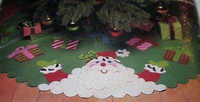 "Bernat Jolly Santa 44"" Felt Tree Skirt Kit #W00353 NIP Vintage 1985"
