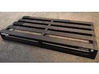 Pedaltrain Classic Pro pedal board with mono case