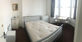 2 Double Room in Same House Hayes. Heathrow. All Bills included.£600-£650.