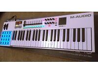 M-Audio - Code 49. Midi Controller.