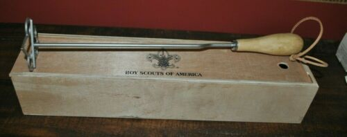 BOY SCOUT LOGO OFFICIAL STAINLESS STEEL BRANDING IRON WOOD HANDLE  NEW w/BOX