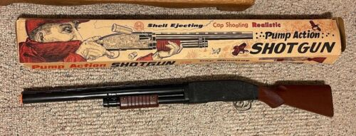 Louis Marx Pump Action Shell Ejecting Shot Gun W/Original Box