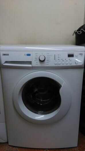 Zanussi Lindo 100 1400 spin speed washing machine in  : 86 from www.gumtree.com size 296 x 526 jpeg 15kB