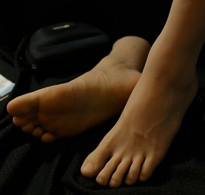 1 Pair Lifesize Realistic Silicone Foot Mannequin Fetish Man Male Display 6