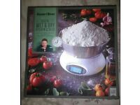 Jamie Oliver - Digital Wet & Dry Kitchen Scales