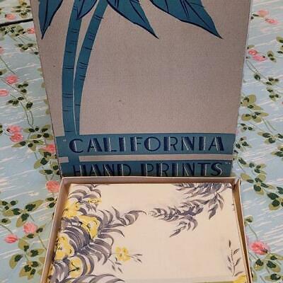 VINTAGE CALIFORNIA HAND PRINTS CALADIUM LEAVES TABLECLOTH + 6 NAPKINS MINT In BO
