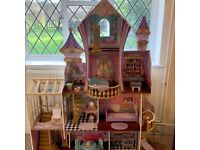 KidKraft Amazing Enchanted Castle Doll House & Furniture - BRAND NEW - RRP £200 - *Fully Assembled*