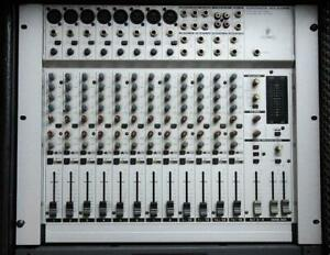 Console Behringer Eurorack MX2004A