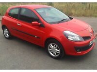 2006 Renault Clio! Low miles FSH Cambelt done excellent condition