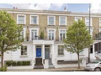 Gunter Grove SW10 . A stunning three bedroom split level flat to rent in Earls Court.