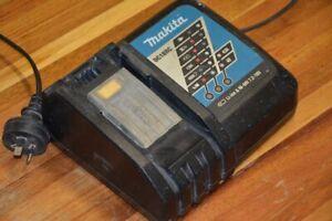 Makita 18v charger DC18RC
