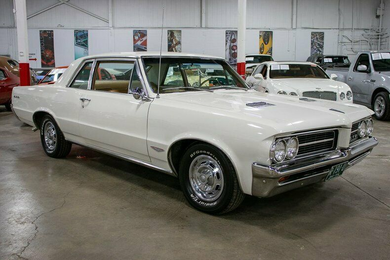 Image 7 Voiture American classic Pontiac GTO 1964