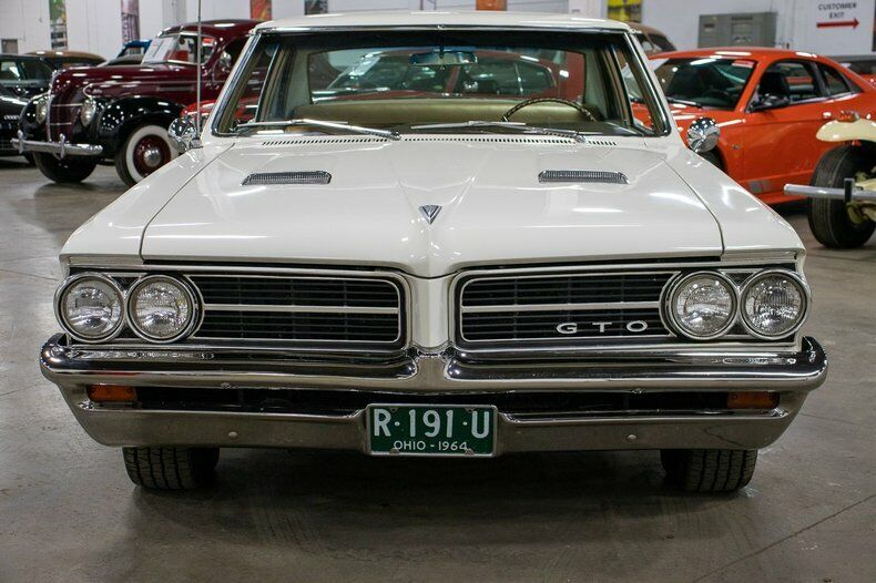 Image 8 Voiture American classic Pontiac GTO 1964
